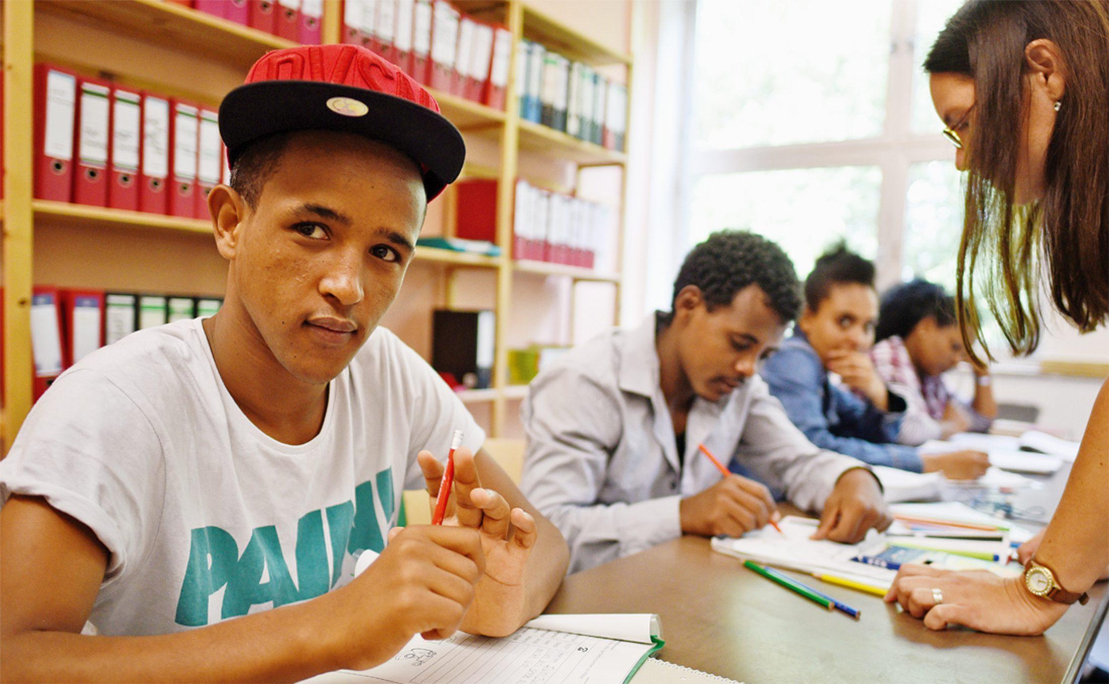 auffangen-oder-willkommen-heissen geflüchtete an deutschen schulen